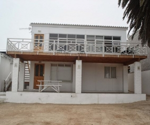 Mr Muscle Beach House Acc_Port Nolloth_1.jpg