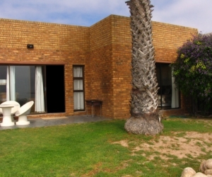 Oyster Self-Catering_Port Nolloth_3.jpg