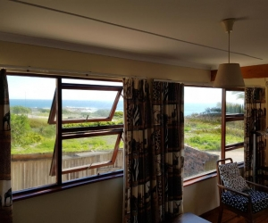 waterfront-lambertsbaai-2 bedroom apartment-2.jpg